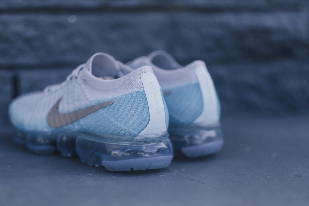deshonesto telar Enojado  Nike WMNS Vapormax Flyknit Ice Flash | Shelflife