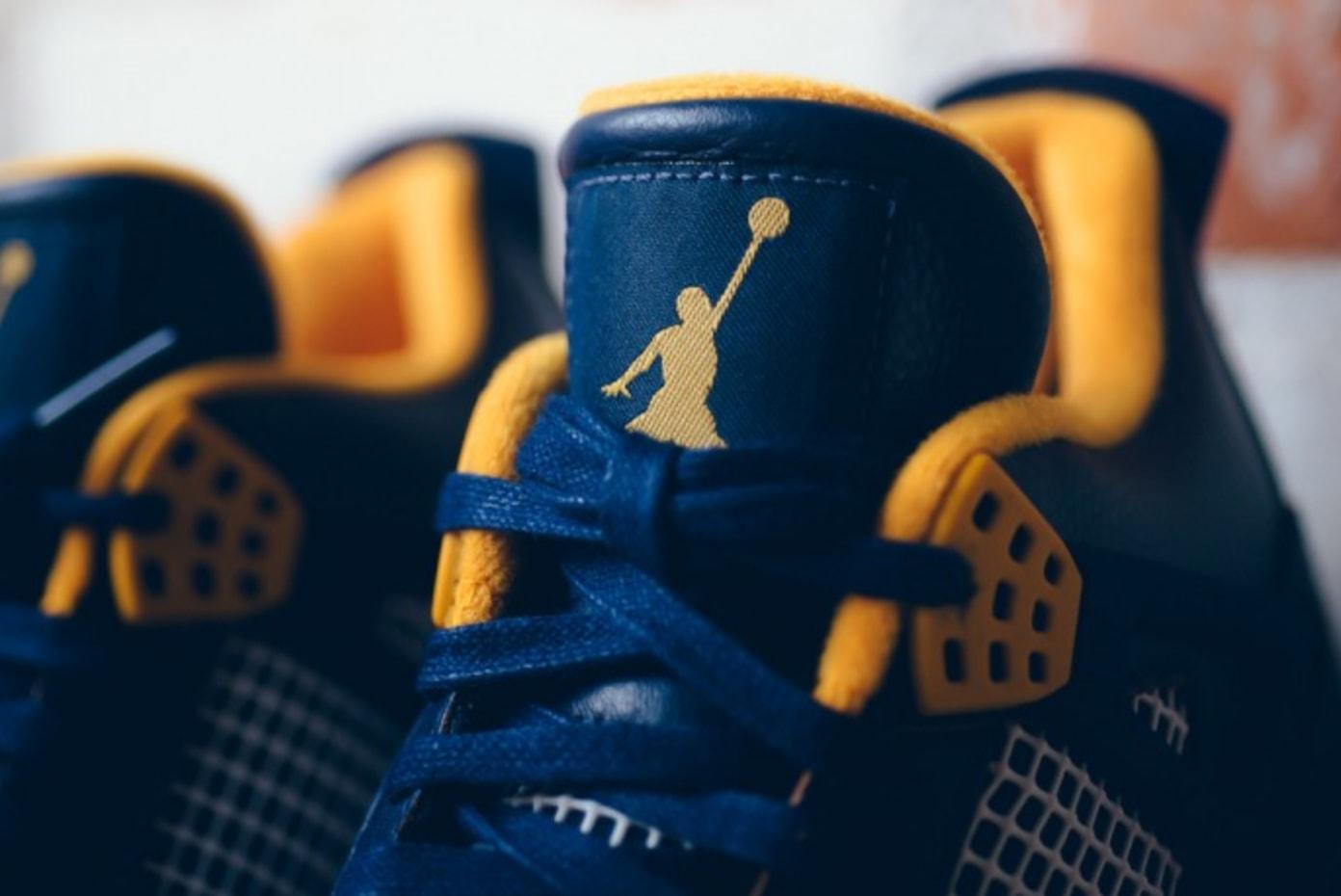 "Nike Air Jordan 4 ""Dunk From Above"""
