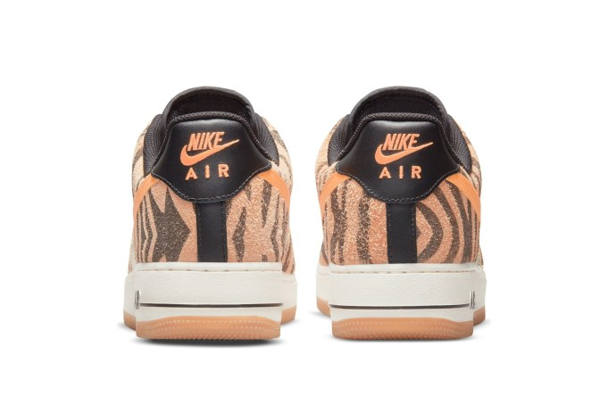 Nike Air Force 1 'Daktari Stripes' - default