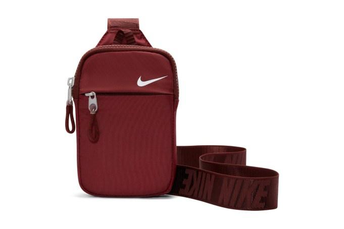 Nike Sportswear Essential Hip Bag - default