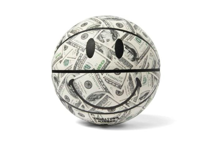 Chinatown Market Smiley Money Basketball - default