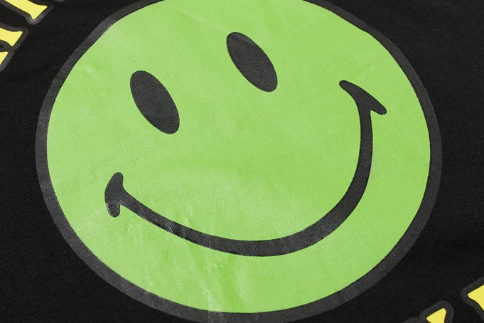 Chinatown Market Smiley Tee - default
