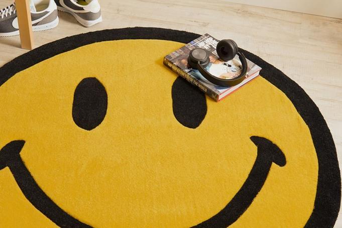 Chinatown Market SMILEY RUG XL - default