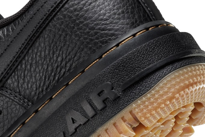 Nike Air Force 1 Luxe - default