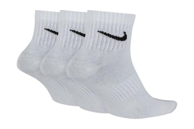Nike Everyday Lightweight Training Ankle Socks (3 Pairs) - default