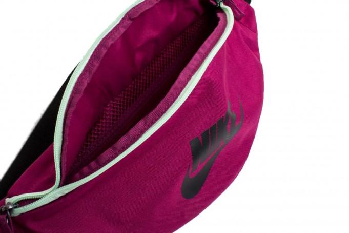 Nike Heritage Hip Bag  - default