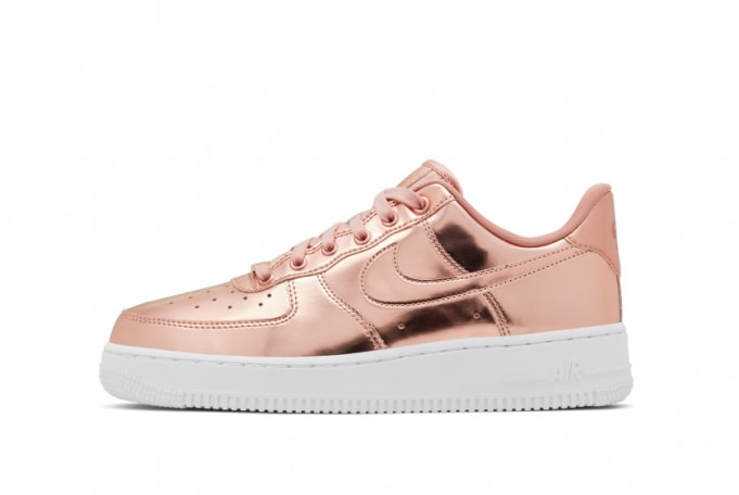 Nike Women's Air Force 1 SP  - default