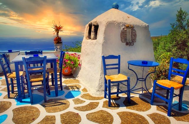 Discover Crete island from your couch. – Greece
