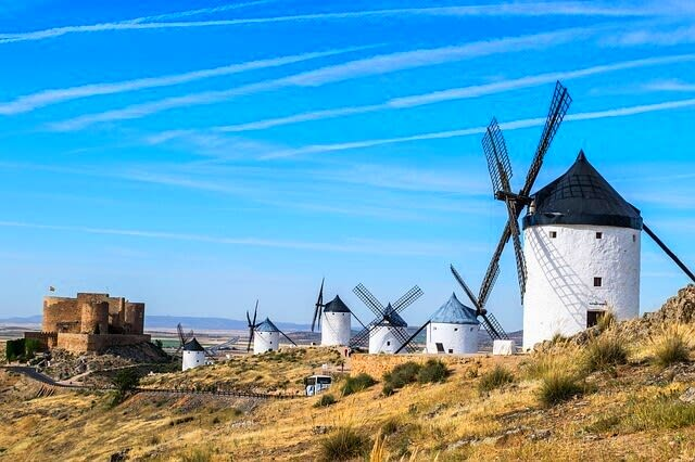 Discover Spain from your couch.
