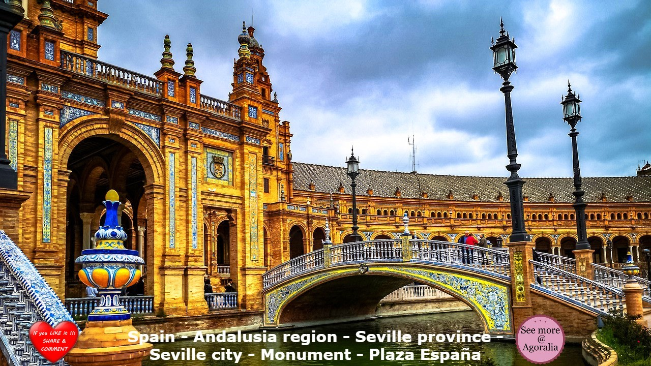Spain - Andalusia region - Seville province - Seville city - Monument - Plaza España