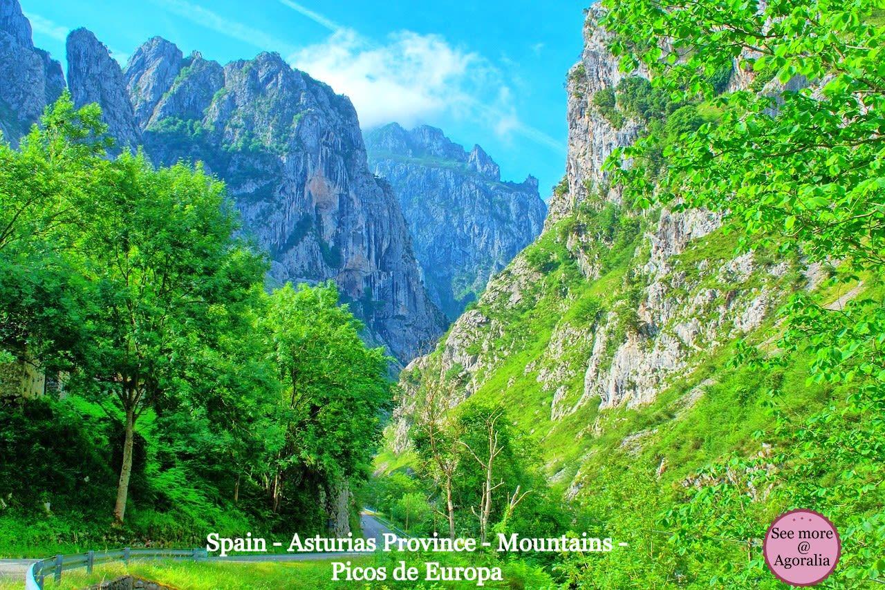 Spain-Asturias-Province-Mountains-Picos-de-Europa