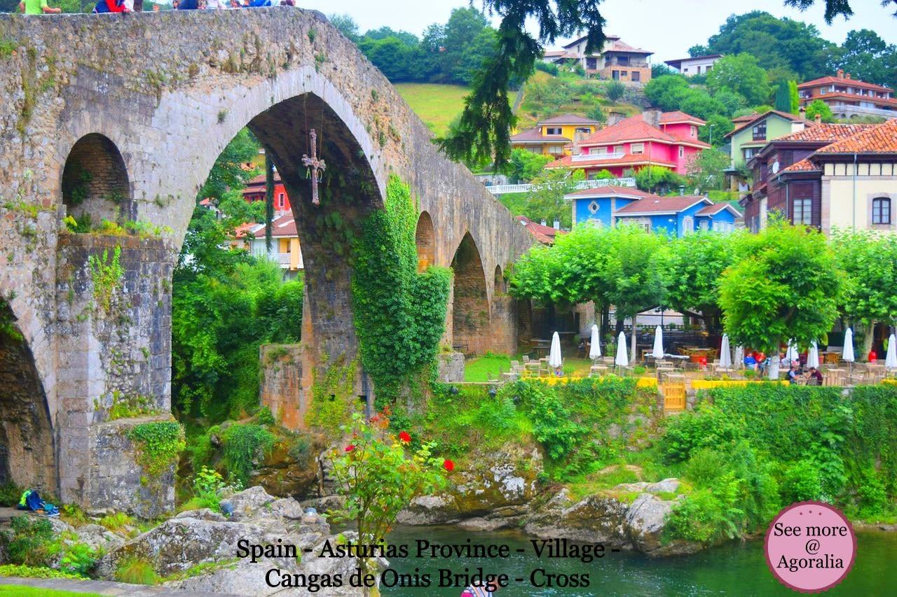 Spain-Asturias-Province-Village-Cangas-de-Onis-Bridge-Cross