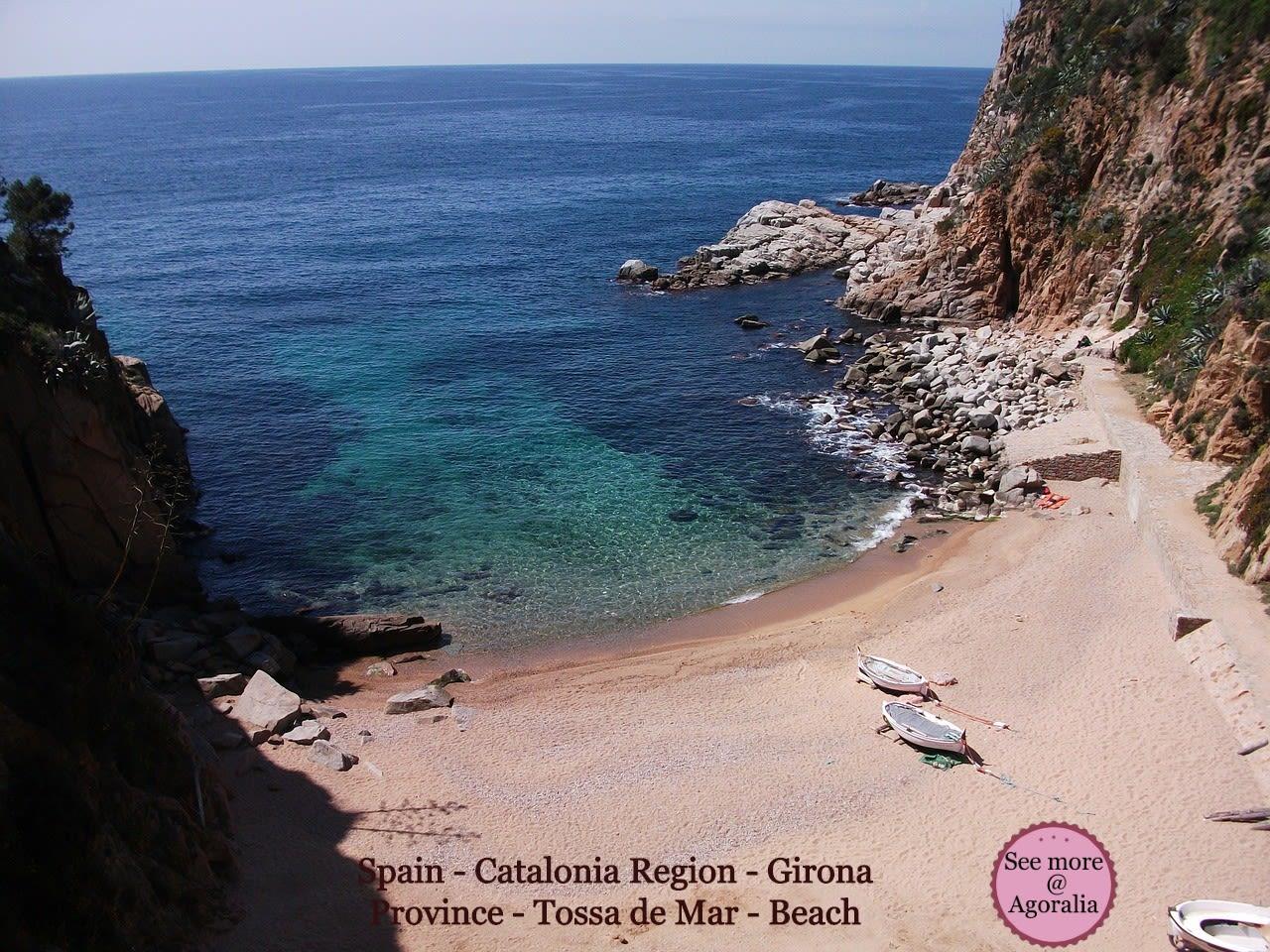 Spain-Catalonia-Region-Girona-Province-Tossa-de-Mar-Beach
