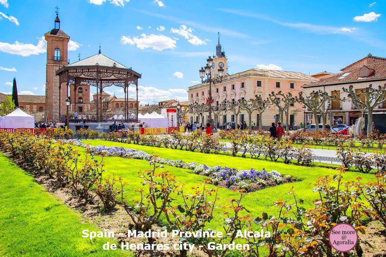 Spain-Madrid-Province-Alcala-de-Henares-city-Garden