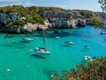 Europe-Spain-Balearic-Islands-Minorca-Cala-Macarella