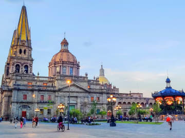 Agoralia-Mexico-Jalisco-Region-Guadalajara-city-Cathedral