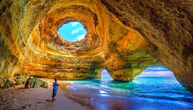 Travel and Discover Algarve Region from your couch. – Portugal