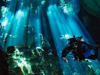 Agoralia-Mexico-Yucatan-Region-Cenote-Diving