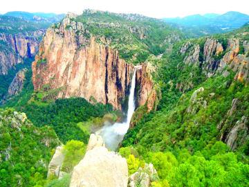 Mexico-Chihuahua-State-Waterfalls-Basaseachi