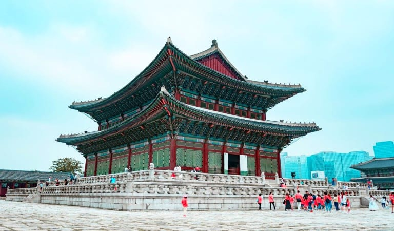 21 Reasons why you will love  visiting South Korea again and again.