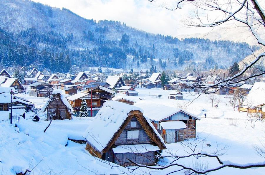 Japan-Chuubu-Region-UNESCO-world-heritage-Shirakawago