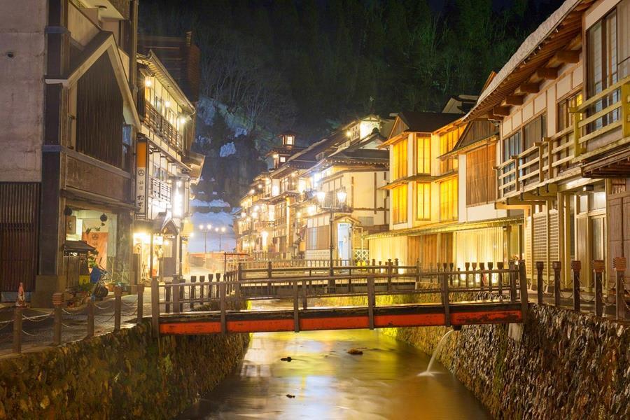 Japan-Yamagata-Japanese-style-inn