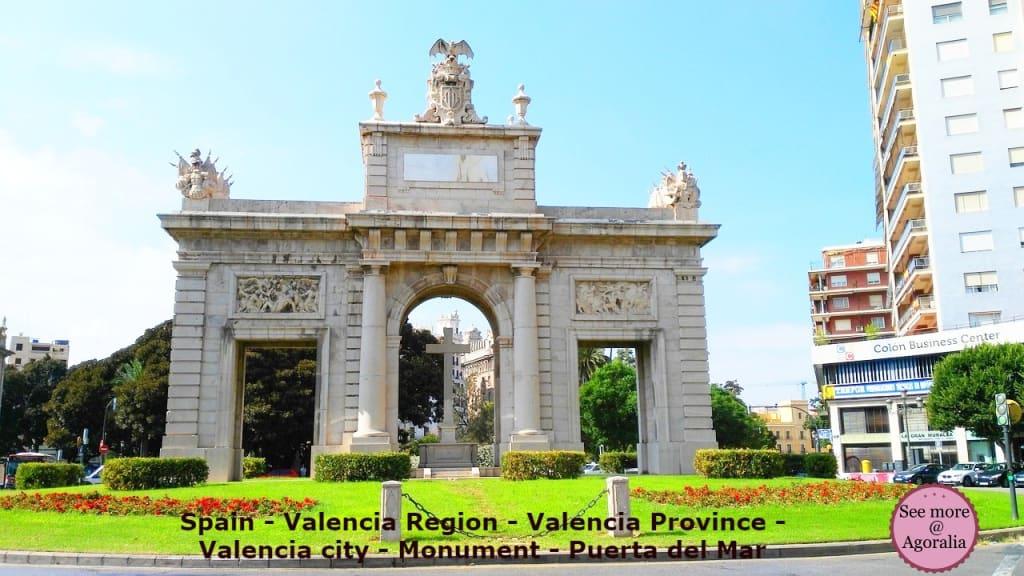 Spain-Valencia-Region-Valencia-Province-Valencia-city-Monument-Puerta-del-Mar