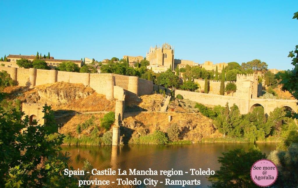 Spain-Castile-La-Mancha-region-Toledo-province-Toledo-City-Ramparts