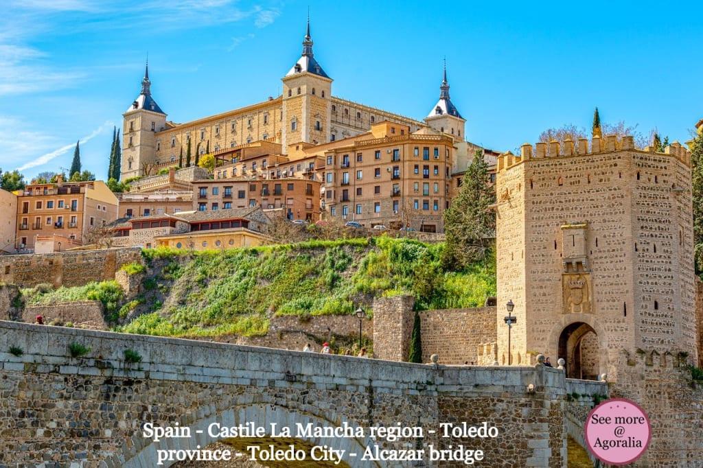 Spain - Castile La Mancha region - Toledo province - Toledo City - Alcazar bridge