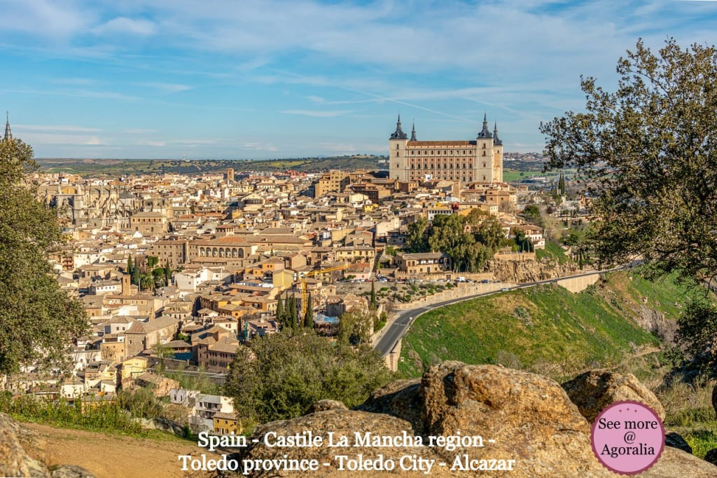 Spain-Castile-La-Mancha-region-Toledo-province-Toledo-City-Alcazar