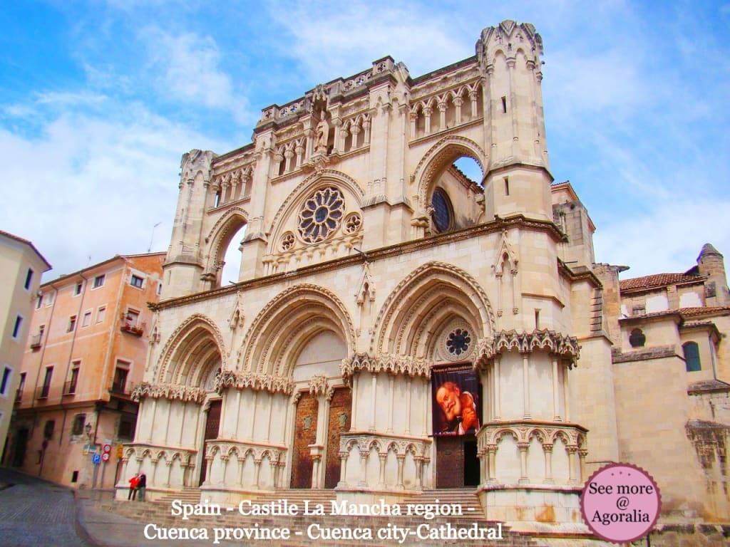 Spain-Castile-La-Mancha-region-Cuenca-province-Cuenca-city-Cathedral