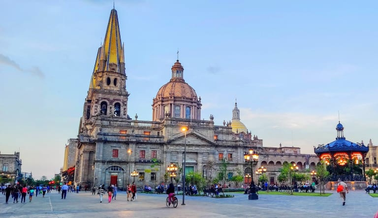Agoralia-Mexico-Jalisco-Region-Guadalajara-city-Cathedral