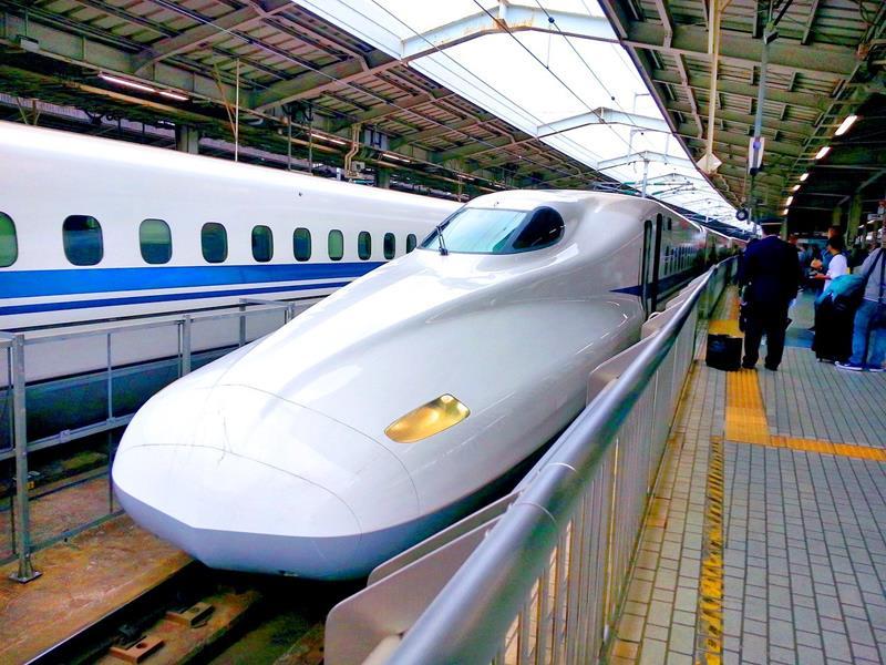 Japan-Transportation-Shinkansen-bullet-train