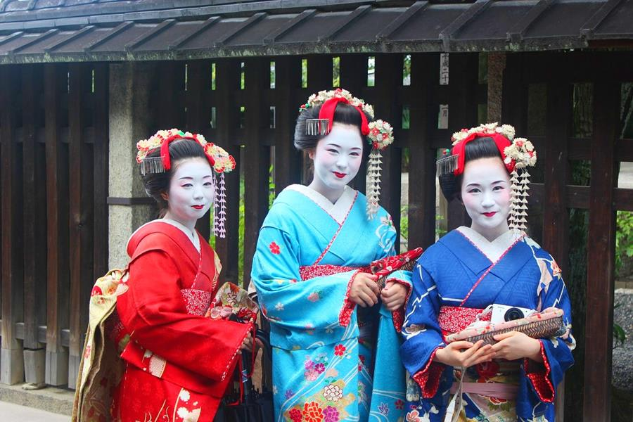 Japan-Culture-Geisha
