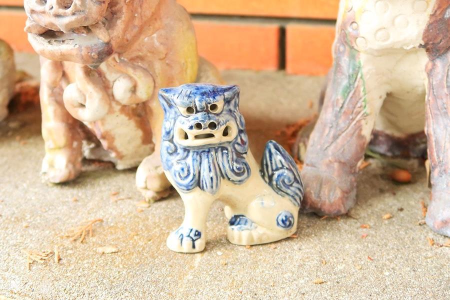 Japan-Okinawa-Traditional-craft-Shiisaa