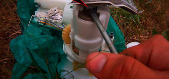 Видео по замене фильтра топливного насоса в Авео