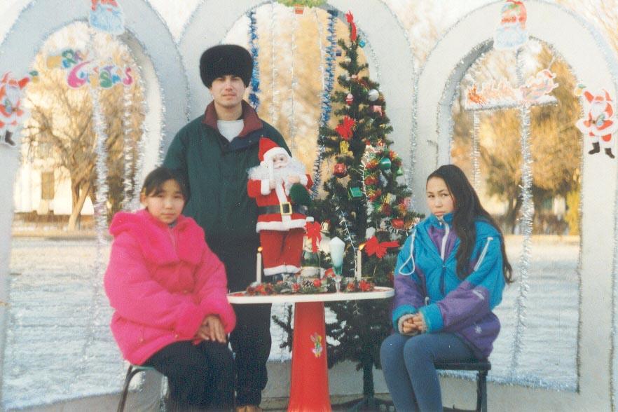 Ainura and Aizhan, my host sister at the Karatau Lyceum (Karatau, Kazakhstan)