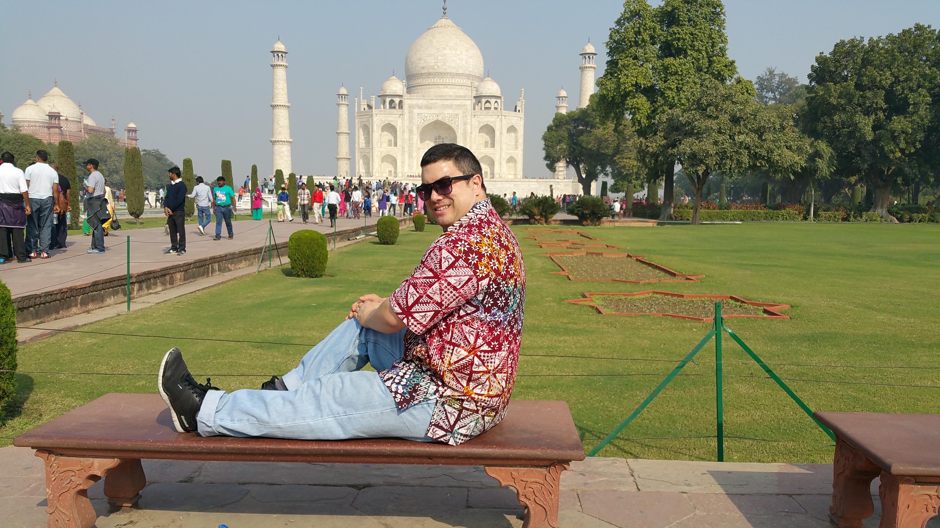 Kevin posing at the Taj Mahal, Agra, India.