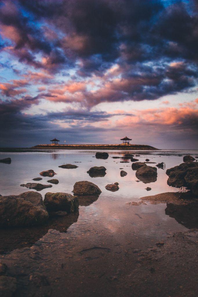Pantai Karang, Indonesia