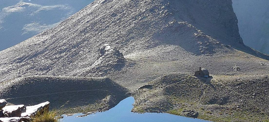 The Mountain Lakes of the Sierra Nevada