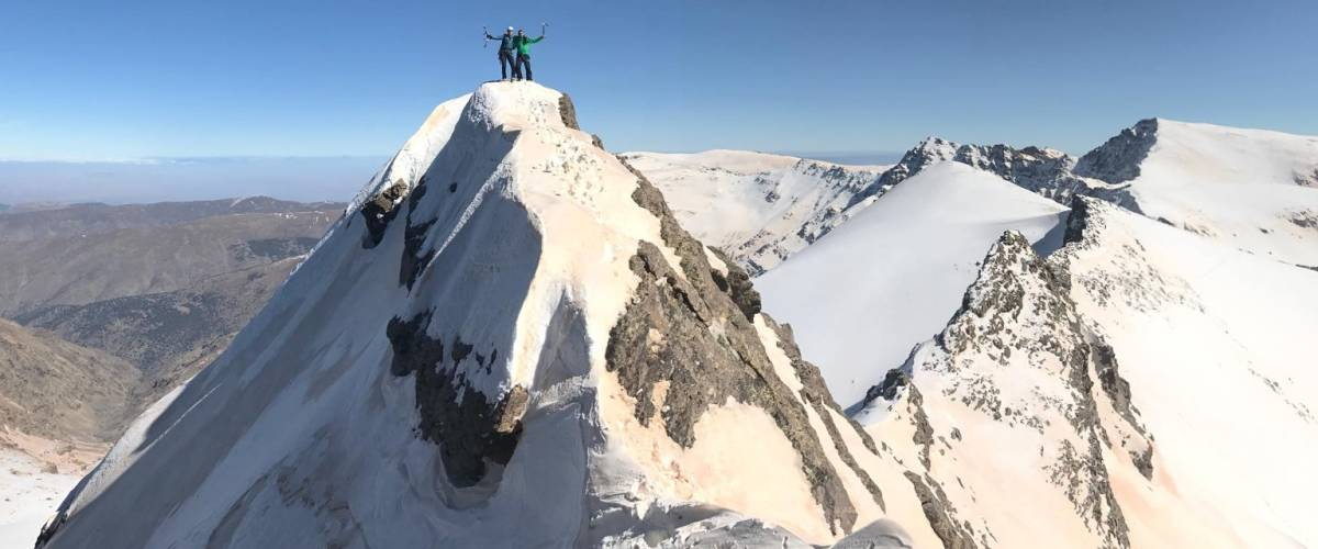 Winter Mountaineering on the ridge of Cerro de los Machos