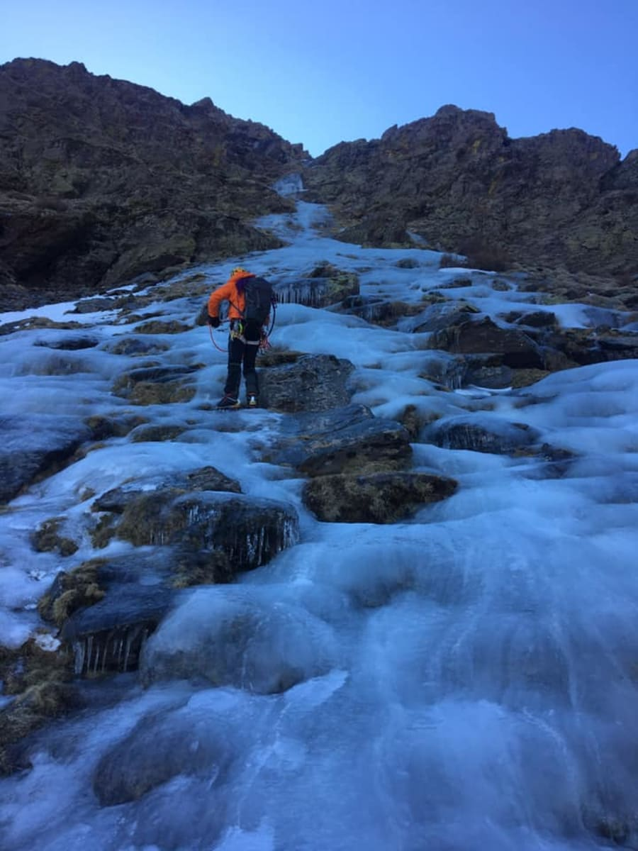 Icefalls in the Barranco Slide 1