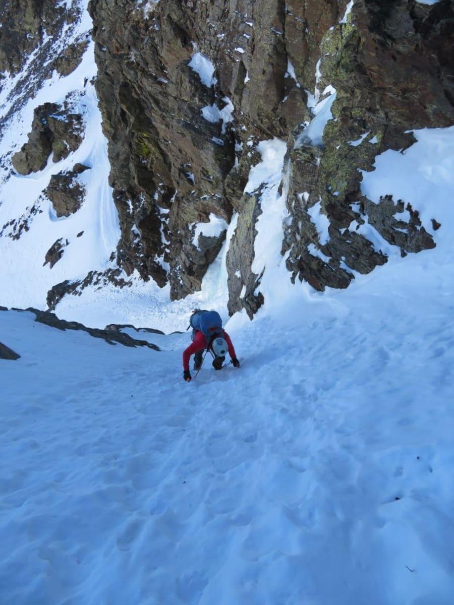 Intermediate climber slide 7