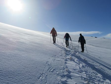 Open snow slopes above Hoya del la Mora