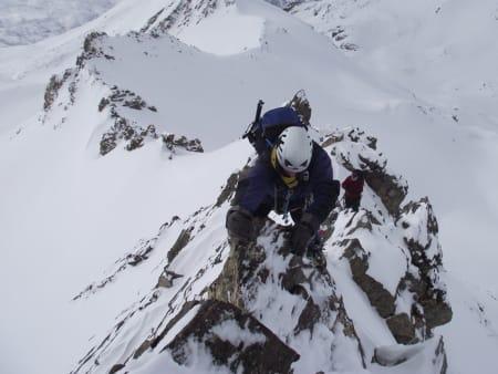 Winter on the superb ridge of Los Raspones
