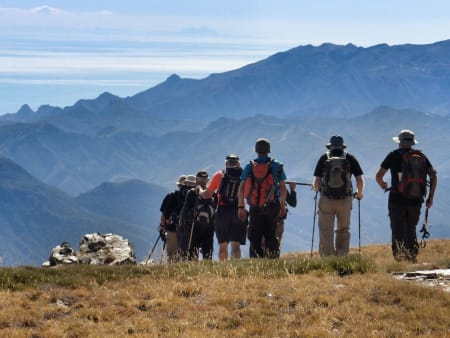 Walking tours, magnificent scenery in the sun