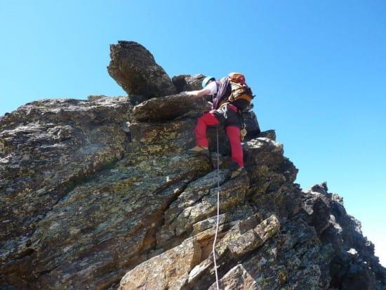 Climbing a tower on the Raspones