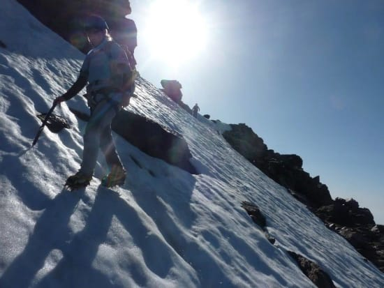 Winter mountaineering on the longest day in southern Spain