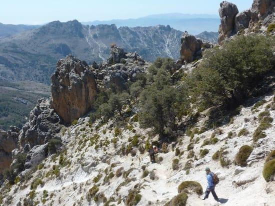 Descending loose ground east to the Collado de Trevenque
