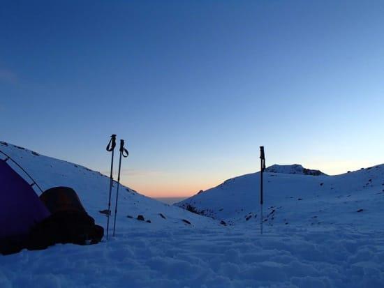 Overnight bivvy at the foot of the ridge